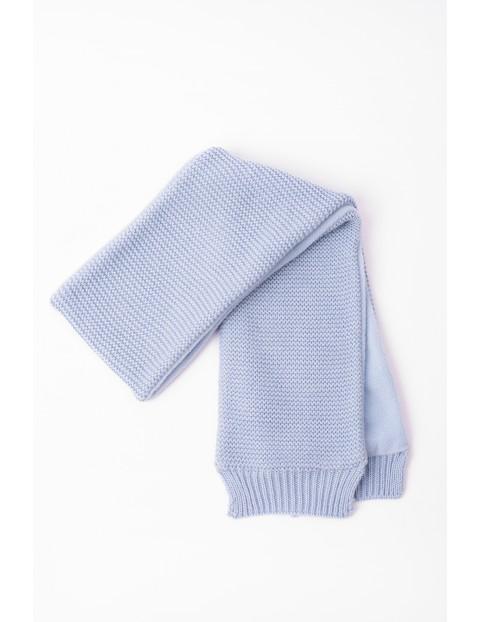 Szalik dla niemowlaka- niebieski z polarową podszewką