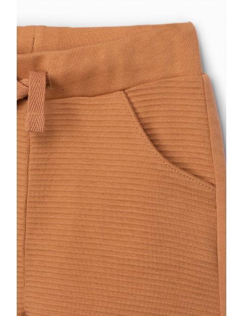 Spodnie dresowe niemowlęce z kieszeniami