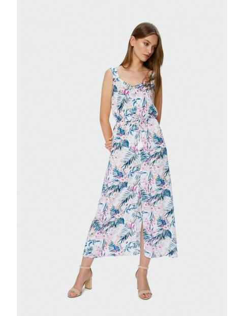 Długa sukienka odcięta i przymarszczona w talii -wzór roślinny