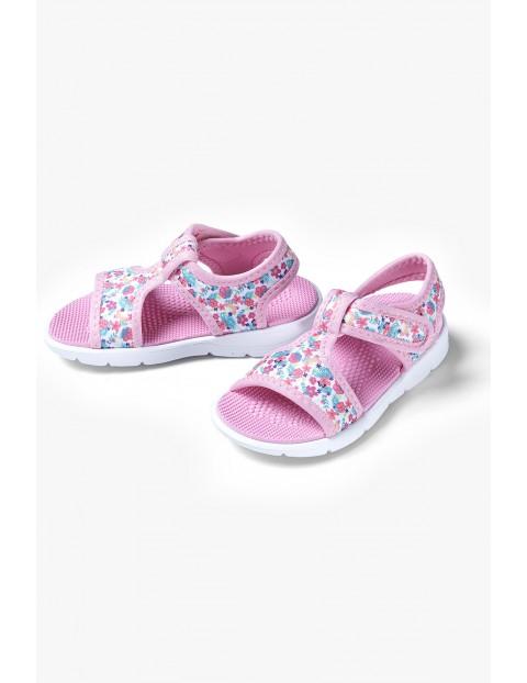Sandały dziewczęce w kwiatki - różowe