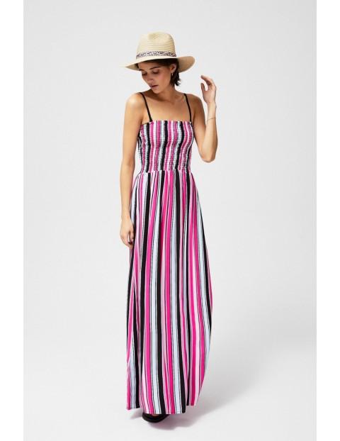 Letnia sukienka z odpinanymi ramiączkami w paski