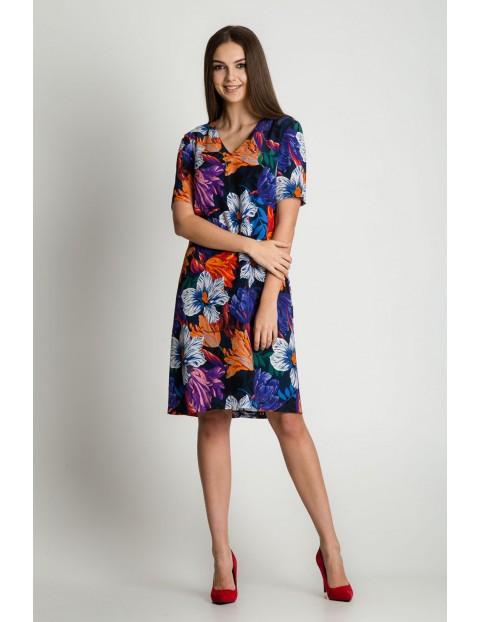 Sukienka w kolorowe kwiaty - krótki rękaw