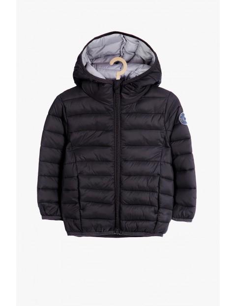 Czarna pikowana kurtka dla chłopca rozmiar 92/98