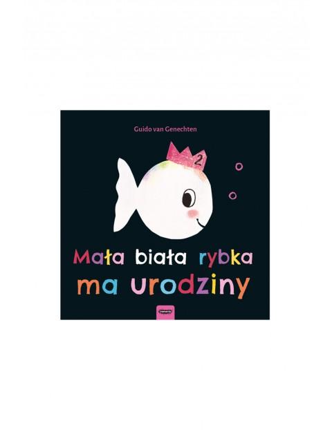 """Książeczka dla dzieci """"Mała biała rybka ma urodziny"""""""
