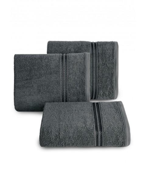 Ręcznik z bordiurą w pasy szary 70x140cm