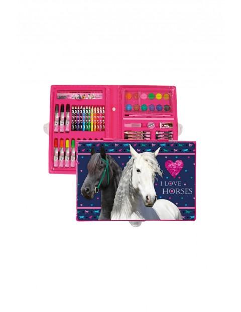 Farby, kredki, flamastry-zestaw artystyczny 71 elementów Konie