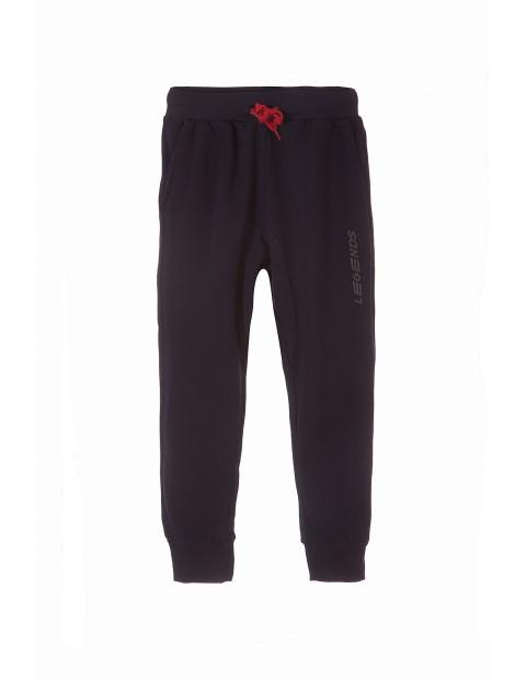 Spodnie dresowe chłopięce 2M3421