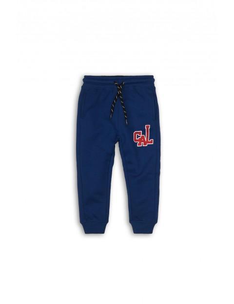 Spodnie chłopięce dresowe - niebieskie