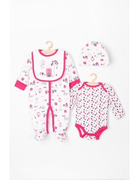 Wyprawka dla niemowlaka pajac-body-czapka-śliniak różowy
