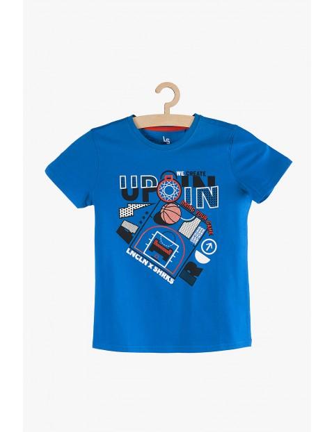 T-shirt chłopięcy niebieski bawełniany z kolorowymi nadrukami