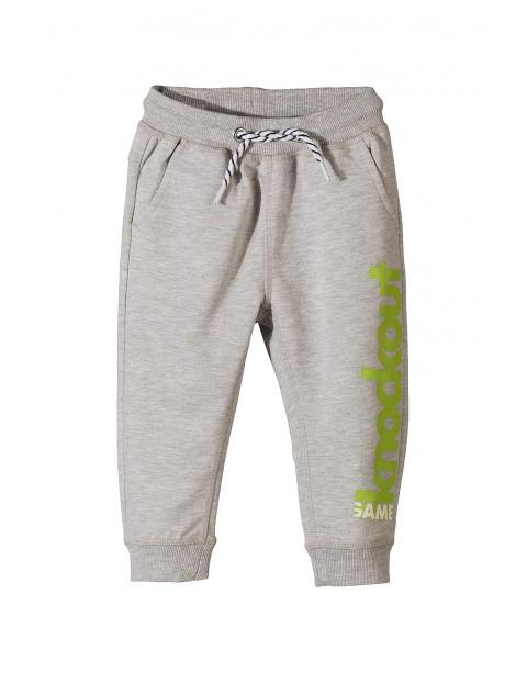 Spodnie dresowe chłopięce 1M3438