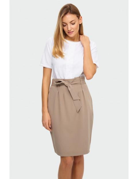 Beżowa spódnica ołówkowa z ozdobnym wiązaniem w talii