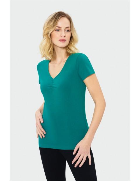 Zielony t-shirt damski z dekoltem w serek