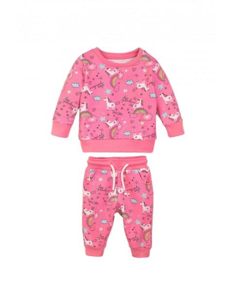 Komplet dresowy dla niemowlaka- różowy w jednorożce