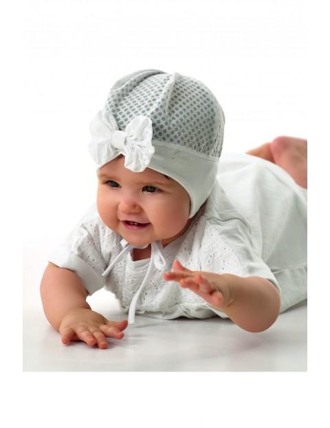 Czapka dziewczęca wiązana w kropeczki szara