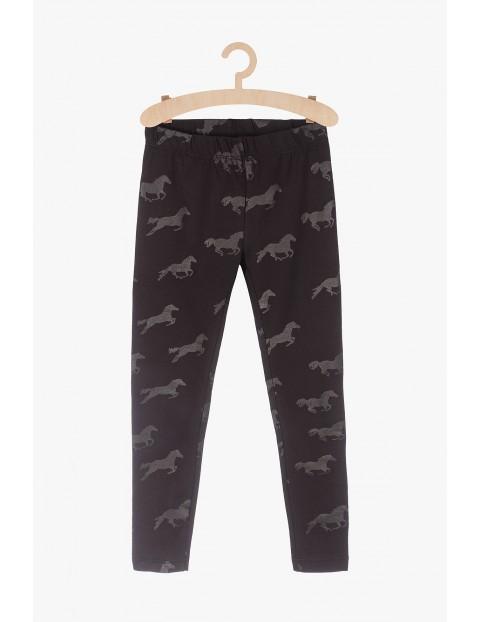 Leginsy dziewczęce- czarne w konie
