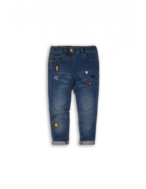 Spodnie dziecięce jeansowe- niebieskie z naszywkami