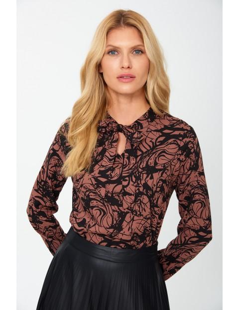 Bluzka damska brązowa w czarne wzory