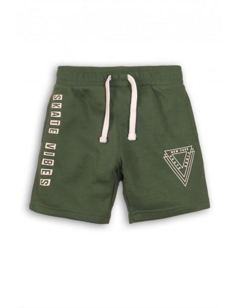Zielone dzianinowe szorty dla chłopca