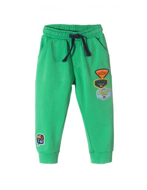 Spodnie dresowe chłopięce-zielone