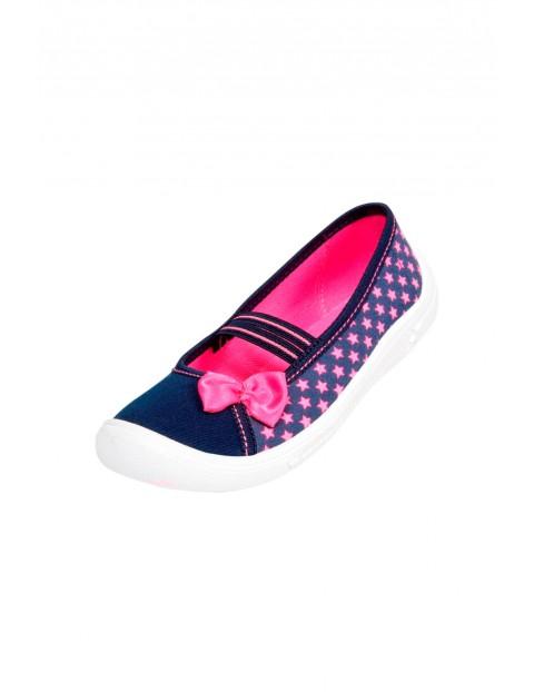 Buty dziewczęce granatowe w różowe gwiazdki