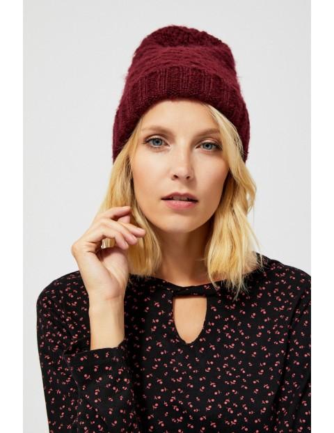 Bordowa czapka damska