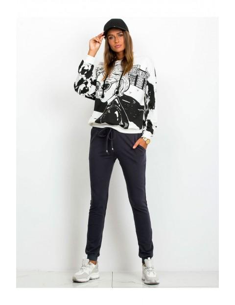 Spodnie dresowe damskie - grafitowe