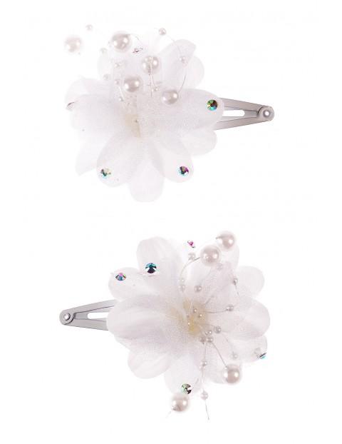 Spinki do włosów-białe kwiatki