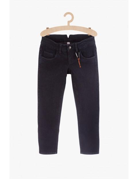 Czarne jeansowe spodnie dla chłopca