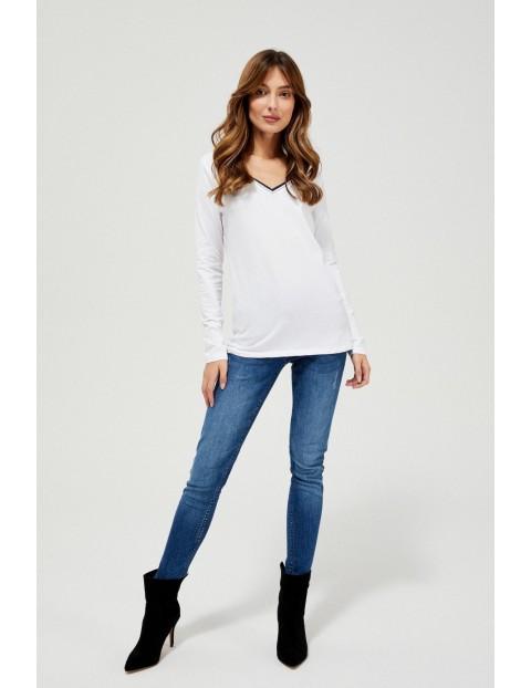 Biała bluzka damska z długim rękawem
