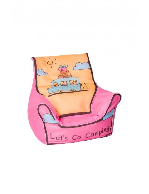 Różowy fotelik z granulatem Autko-pokój dziecka