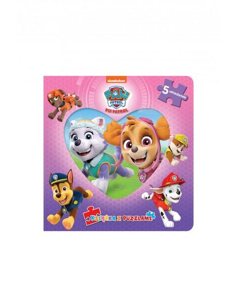 Książki dziecięce - Psi Patrol. Książka z puzzlami.  Sky i Everest