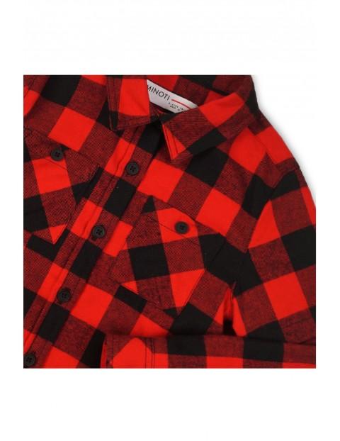 Koszula flanelowa w czerwono-czarną kratę.