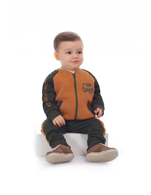 Komplet dresowy dla niemowlaka- spodnie dresowe i bluza