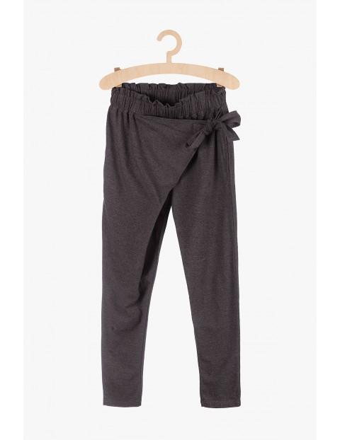 Szare dresowe spodnie dziewczęce