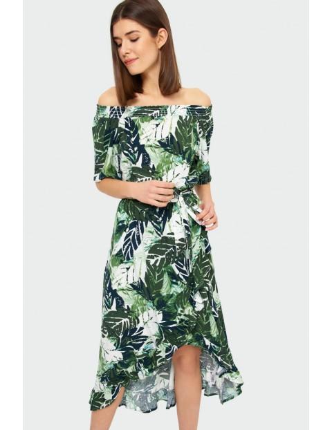 Biała wiskozowa sukienka z roślinnym nadrukiem typu hiszpanka z falbanami