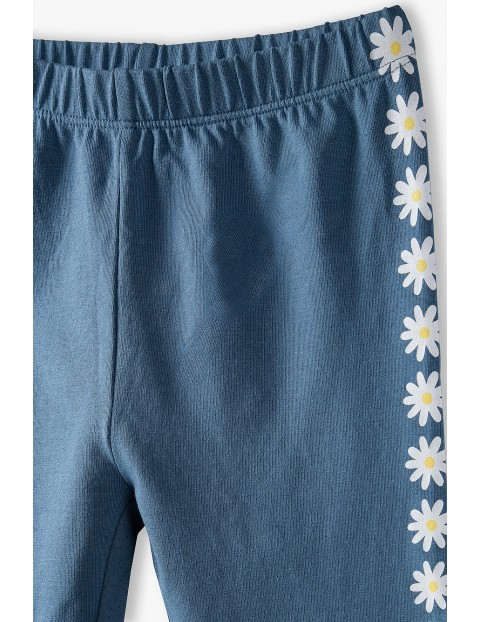 Dzianinowe leginsy dziewczęce  z kwiatkami - niebieskie