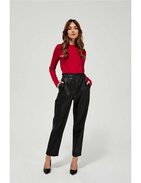 Bluzka damska czerwona z długim rękawem