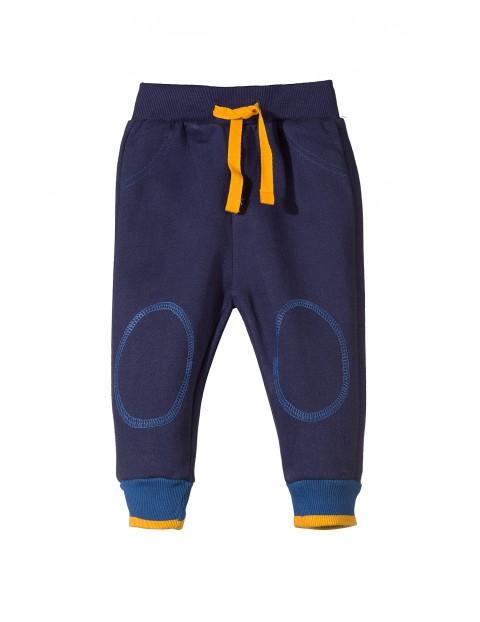 Spodnie dresowe niemowlęce 5M3205