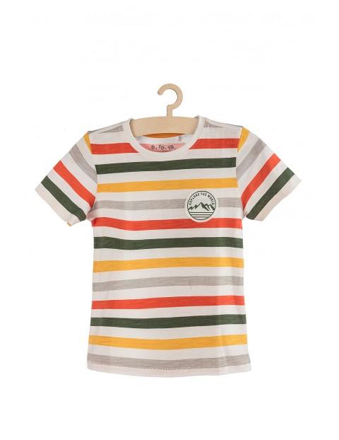 T-shirt w paski z ozdobna naszywką