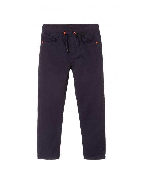 Spodnie chłopięce 2L3511