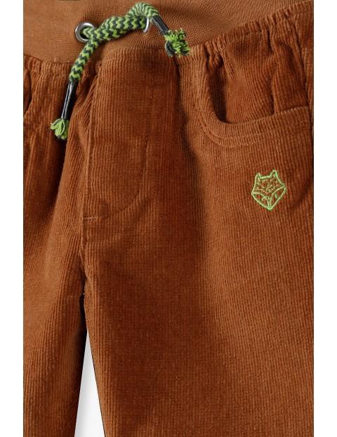 Spodnie niemowlęce sztruksowe -brązowe