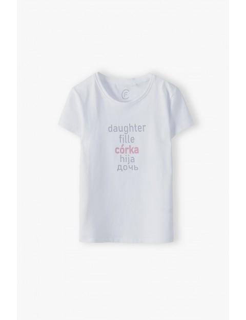 Biały t-shirt dziewczęcy z napisem Córka - ubrania dla całej rodziny
