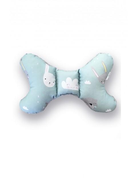 Poduszka dla niemowlaka niebieska w Króliki