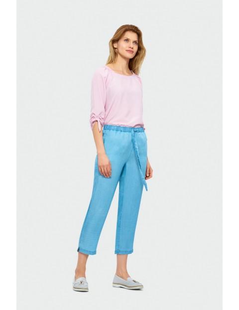 Niebieskie spodnie z Lyocellu - chino z paskiem- długość 3/4