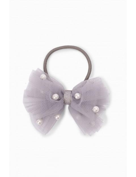 Gumka do włosów w kształcie kokardki z perełkami - szara