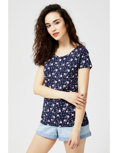 T-shirt damski typu oversize w kwiaty