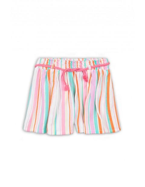 Krótkie spodenki dziewczęce tkaninowe w kolorowe paski