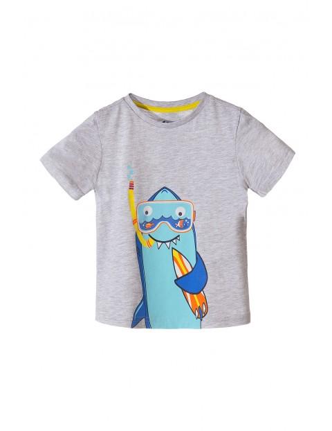 Koszulka chłopięca z rekinem
