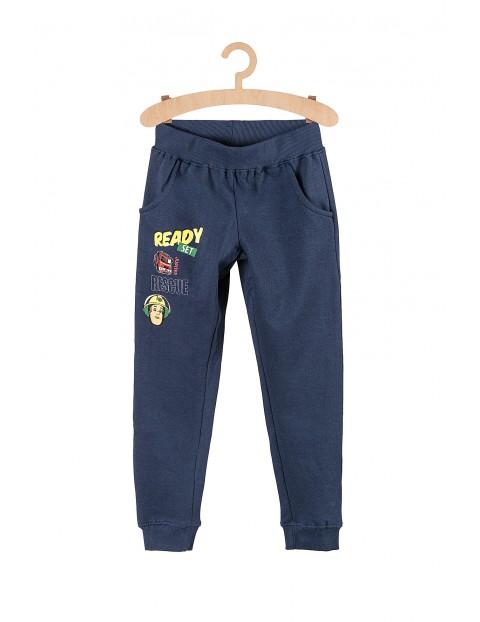 Spodnie chłopięce dresowe Strażak Sam- granatowe
